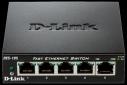 D-Link DES-105 kovový 5-port 10/ 100 Desktop Switch